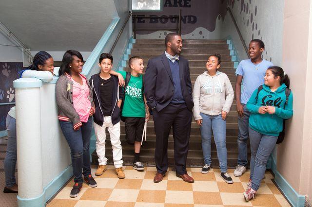 UCLA, LAUSD sign agreement for Mann UCLA Community School